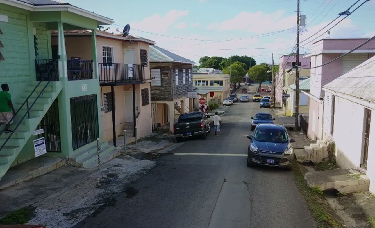 'Negergut' i Christiansted på St. Croix, hvor frikøbte slavegjorte måtte slå sig ned. Nu et almindeligt beboelsesområde. 'Gut' betyder en slugt med et vandløb eller grøft.